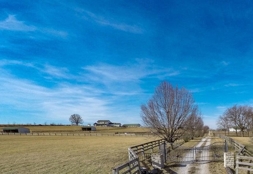 373 Holder Road Clever, MO 65631 - Photo 1