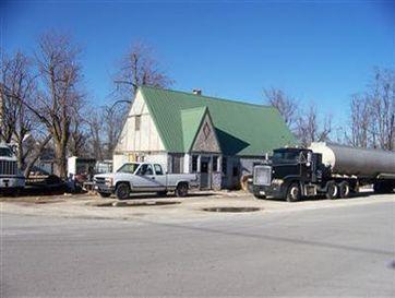 Photo of 104 Northeast Main Street