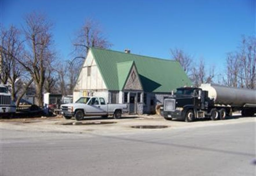 104 Northeast Main Street Billings, MO 65610 - Photo 1
