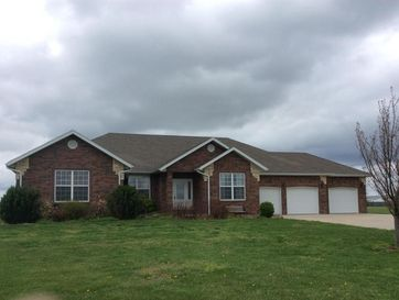 4613 South 159th Road Bolivar, MO 65613 - Image 1