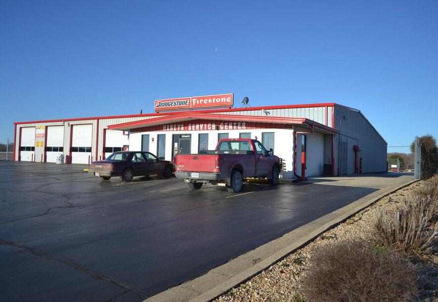 1601 Imperial Drive West Plains, MO 65775 - Photo 4