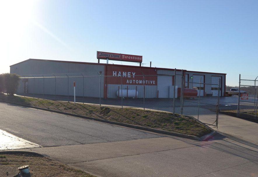 1601 Imperial Drive West Plains, MO 65775 - Photo 5
