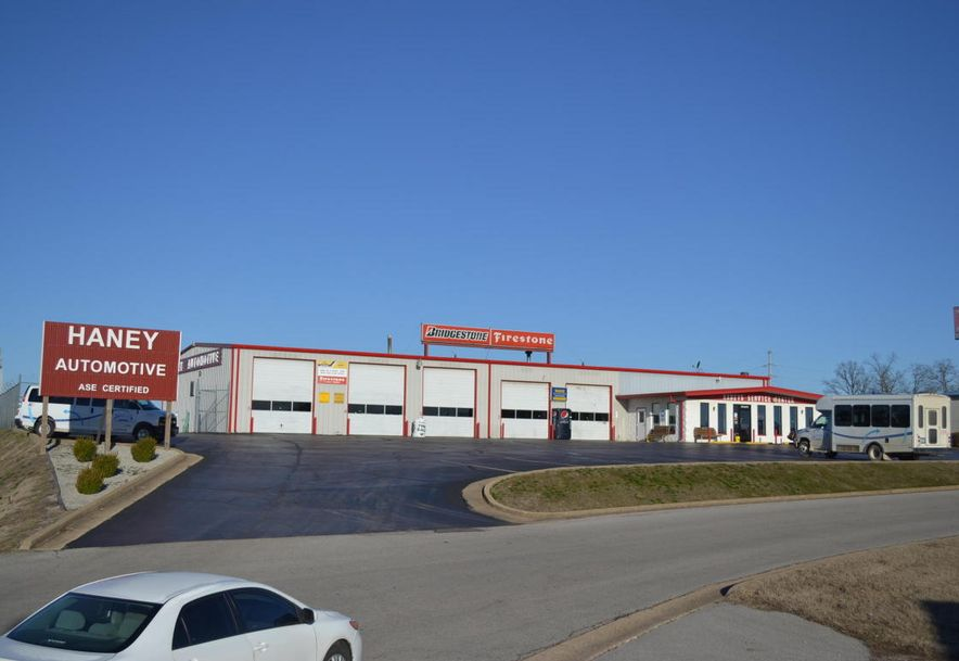 1601 Imperial Drive West Plains, MO 65775 - Photo 6