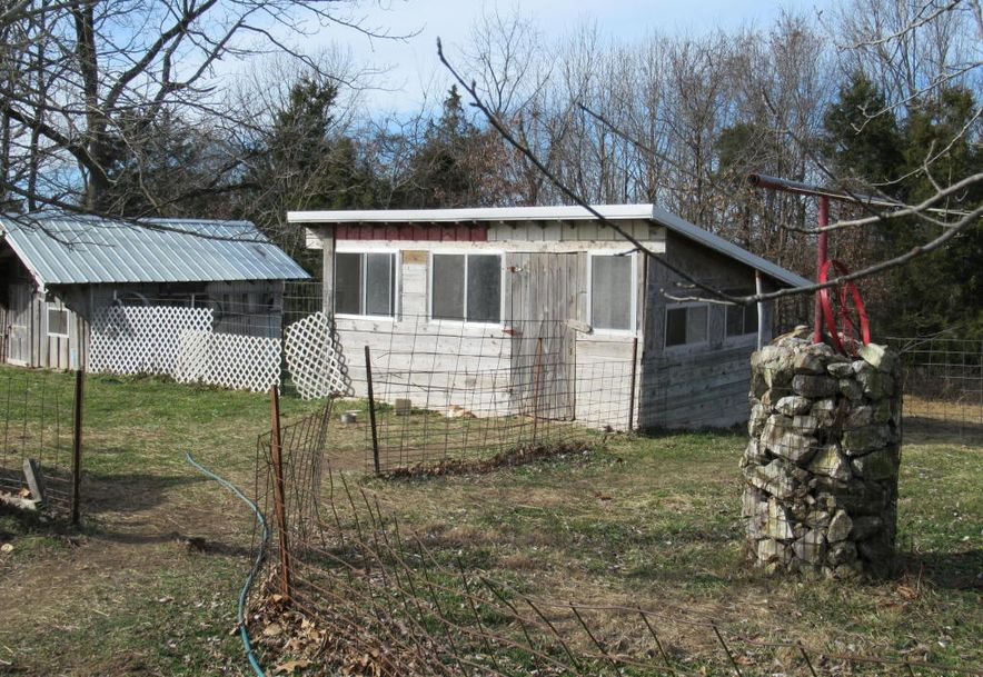 2801 Count Rd 544 Pvt Dr-A Seymour, MO 65746 - Photo 24