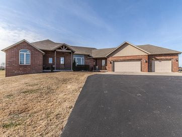 2619 South Francis Drive Brookline, MO 65619 - Image 1