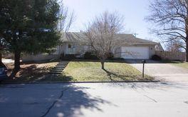 Photo Of 2108 East Cambridge Street Springfield, MO 65804