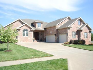 2396 South Marlborough Avenue Springfield, MO 65807 - Image 1