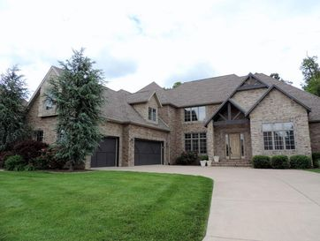 6040 South Black Oak Drive Springfield, MO 65804 - Image 1