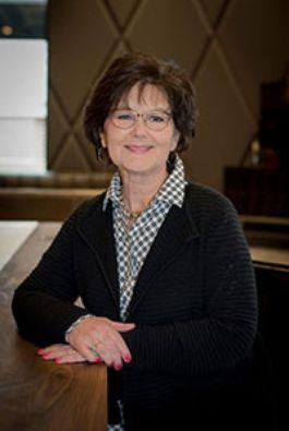Photo of Jennifer Stracke